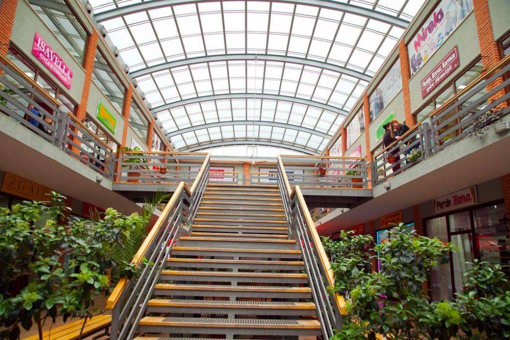 Shopping Mall, Korce Albania